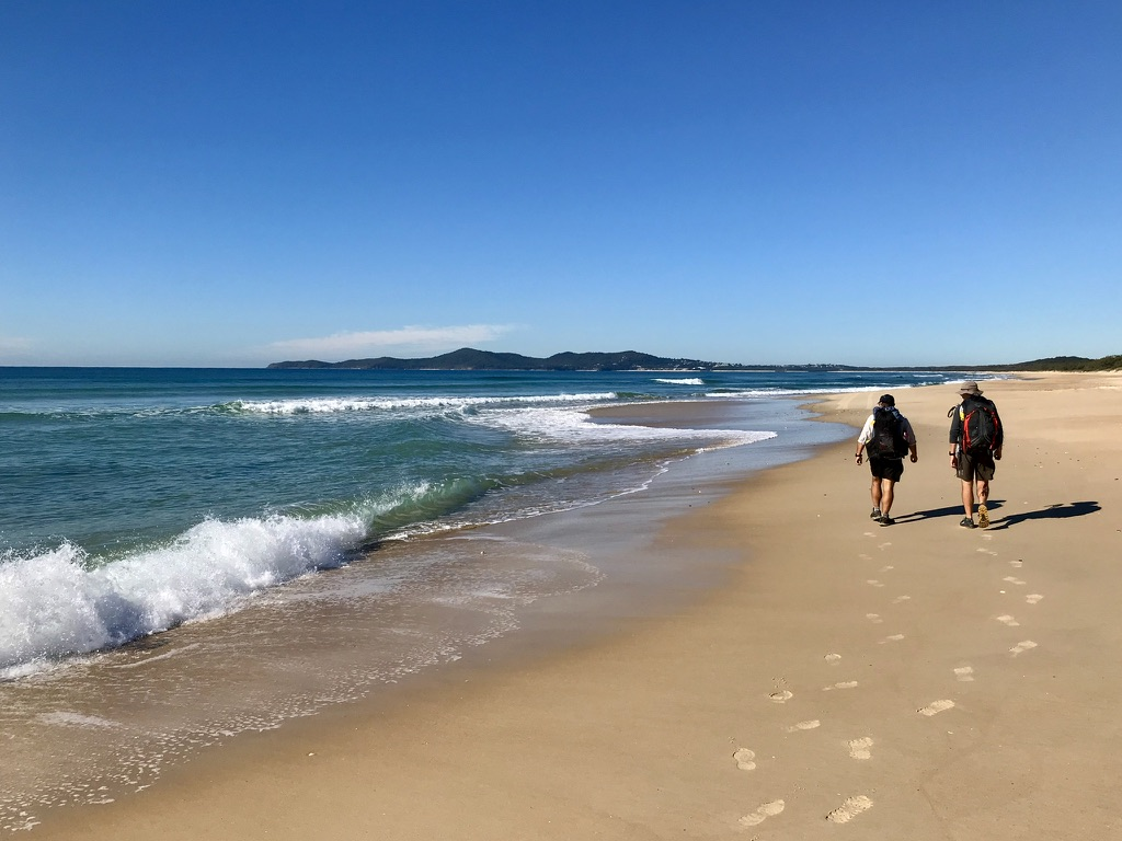 Walking on sand – Cooloola Great Walk